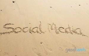 gestionar las redes sociales en verano